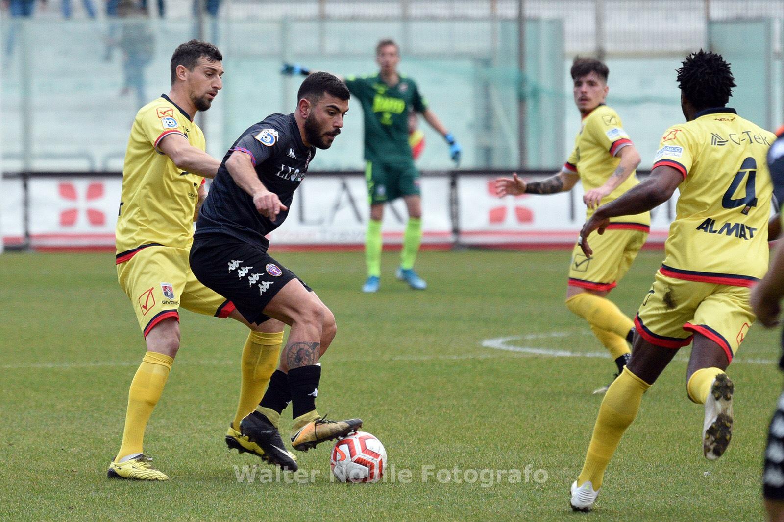 TARANTO-CASARANO 0-0 / Il tabellino
